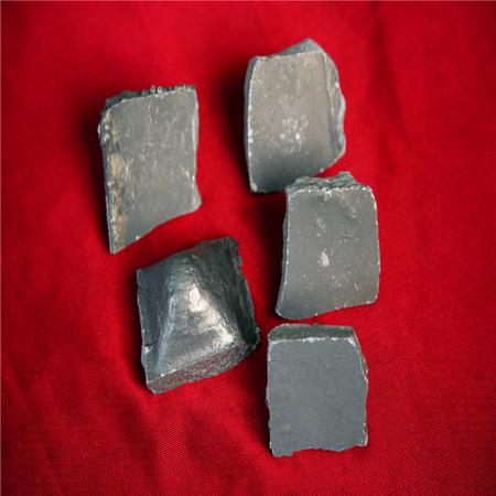 铝钙铁合金